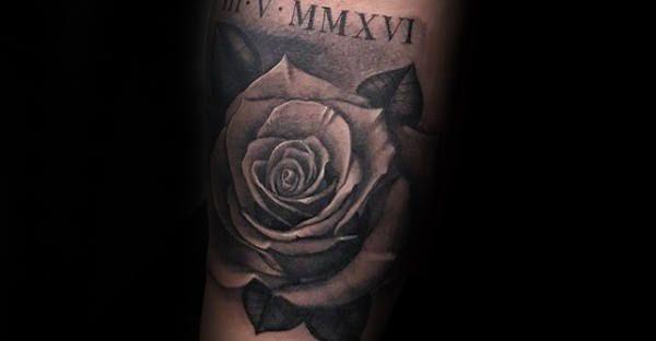 Мужские тату розы на руке