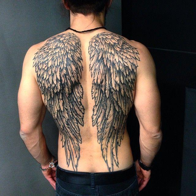 этакой цели эскизы тату крыльев на спине фото светлых